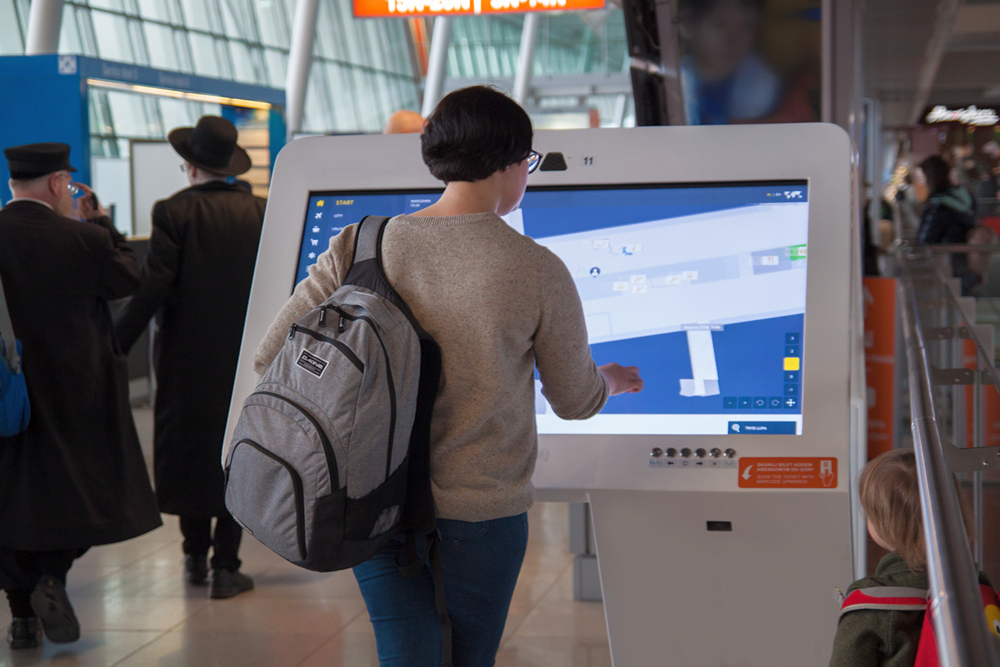 Dynamic and Interactive Wayfinding